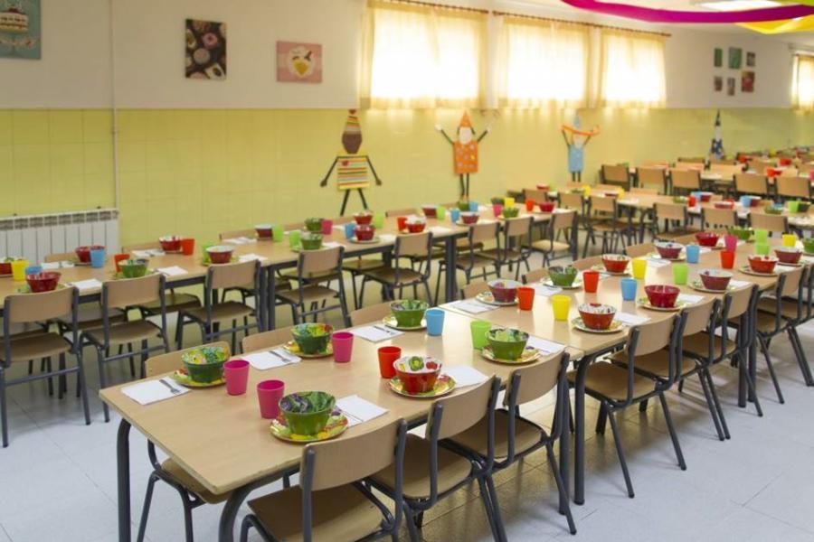 Torremolinos Torremolinos El equipo de Ortiz reincide: Dejan de pagar a medio centenar de alumnos las subvenciones de comedor escolar