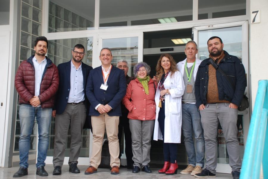 Torremolinos Torremolinos El diputado de Podemos, Juan Antonio Gil,  reclama más personal y más inversiones en infraestructuras sanitarias para Torremolinos