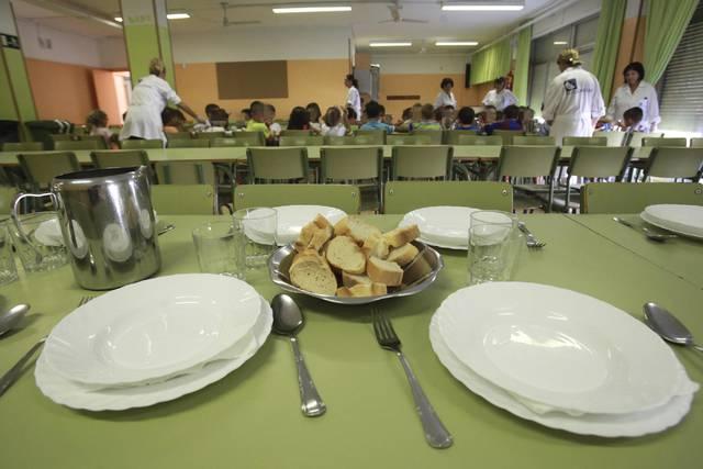 Torremolinos Torremolinos El PP exige al equipo de gobierno socialista que abone las ayudas a comedor escolar de forma urgente
