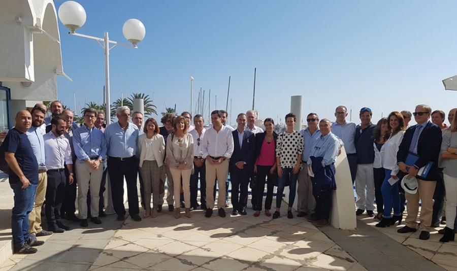 Benalmadena Benalmadena Moreno presenta el decálogo de propuestas del PP al sector náutico malagueño y un nuevo Plan de Puertos en Andalucía con más de 20 millones anuales para impulsar al sector