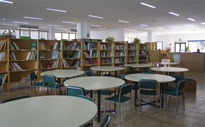 Torremolinos Torremolinos La Biblioteca Municipal de Torremolinos establece un horario especial ampliado para atender la demanda por el periodo de exámenes