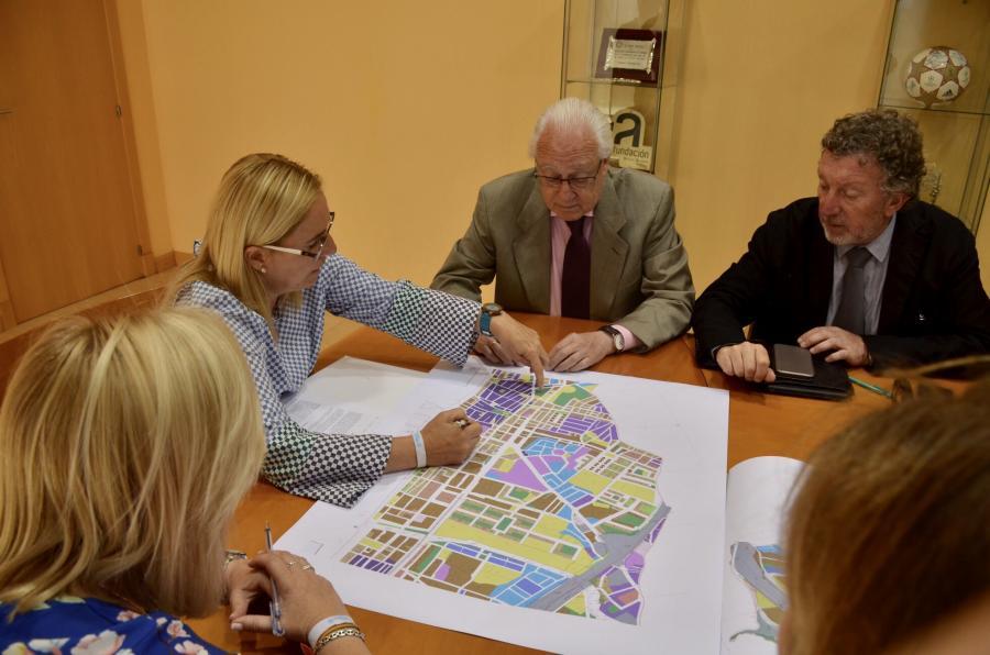 Fuengirola Fuengirola El Ayuntamiento de Fuengirola y la Junta de Andalucía avanzan en la construcción de la nueva estación de autobuses