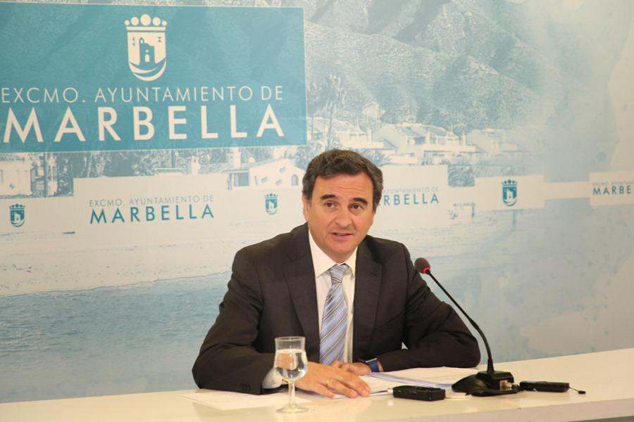 Marbella Marbella El Ayuntamiento de Marbella inicia los trámites para que los ciudadanos dispongan de servicio de autobús urbano que conecte el término municipal de este a oeste, las 24 horas durante el verano