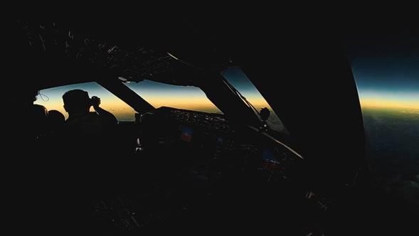 Actualidad Actualidad Un vuelo de LATAM Airlines ha sido el único en el mundo en seguir la sombra del eclipse total