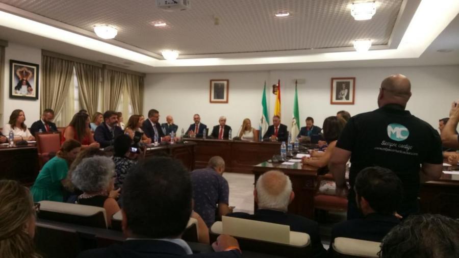Mijas Mijas El PSOE se hace con la alcaldía de Mijas y el PP expedienta a Ángel Nozal y al resto de concejales por votarse a sí mismo en el pleno de investidura