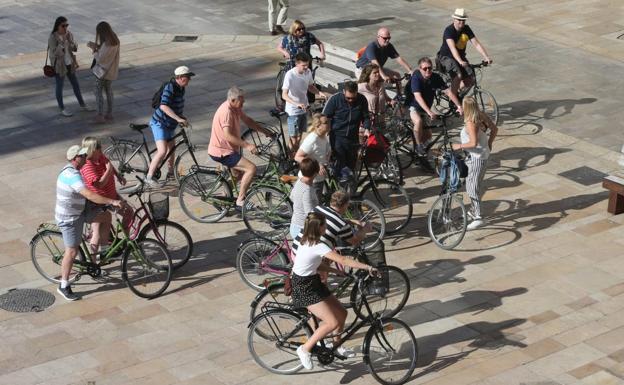 Actualidad Actualidad La Unión Europea pone el foco en los paquetes de viajes para concienciar a los turistas sobre sus derechos como consumidores