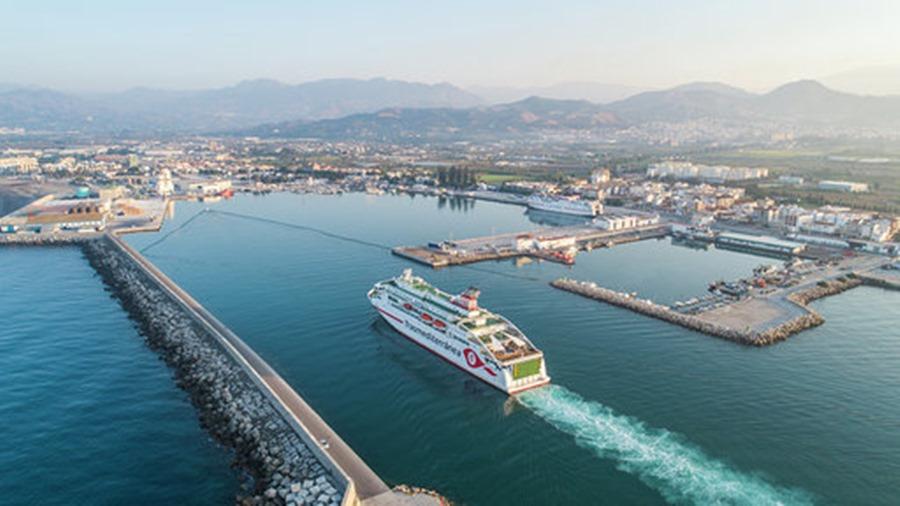Actualidad Actualidad El Grupo Armas Trasmediterránea estrena el ferry más moderno de Europa para cubrir este verano las líneas Motril–Nador, Motril–Al-Hoceima y la Operación Paso del Estrecho
