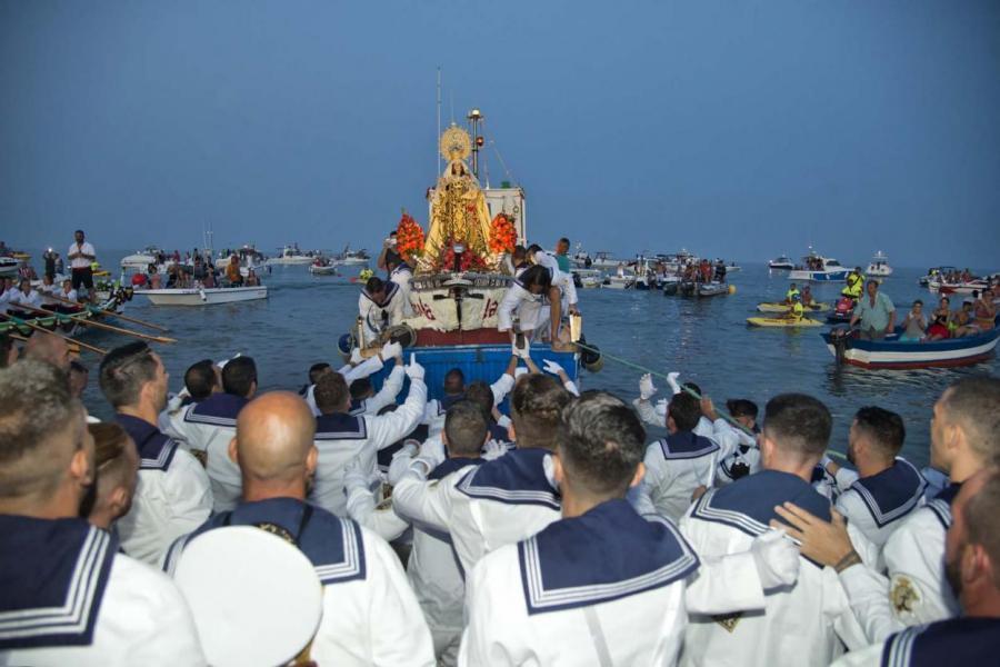 Torremolinos Torremolinos La Carihuela viste desde este sábado a Torremolinos del sabor más marinero con la Feria de la Virgen del Carmen