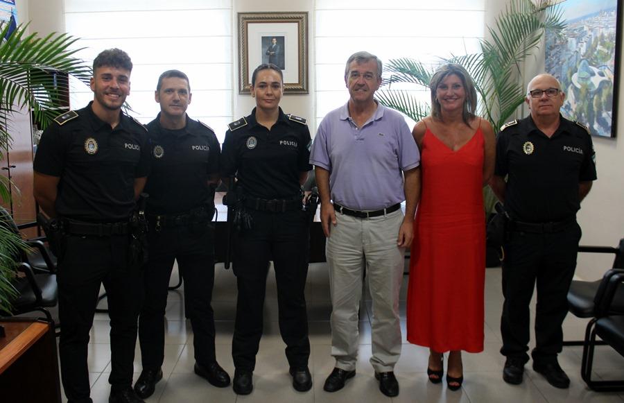 Estepona Estepona El Ayuntamiento de Estepona incorpora a tres nuevos policías locales tras la primera oferta de empleo público en más de una década