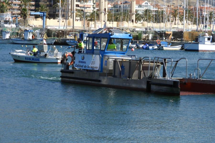 Mancomunidad Mancomunidad Los barcos de limpieza litoral de la Mancomunidad recogen en julio más de 79 metros cúbicos de residuos