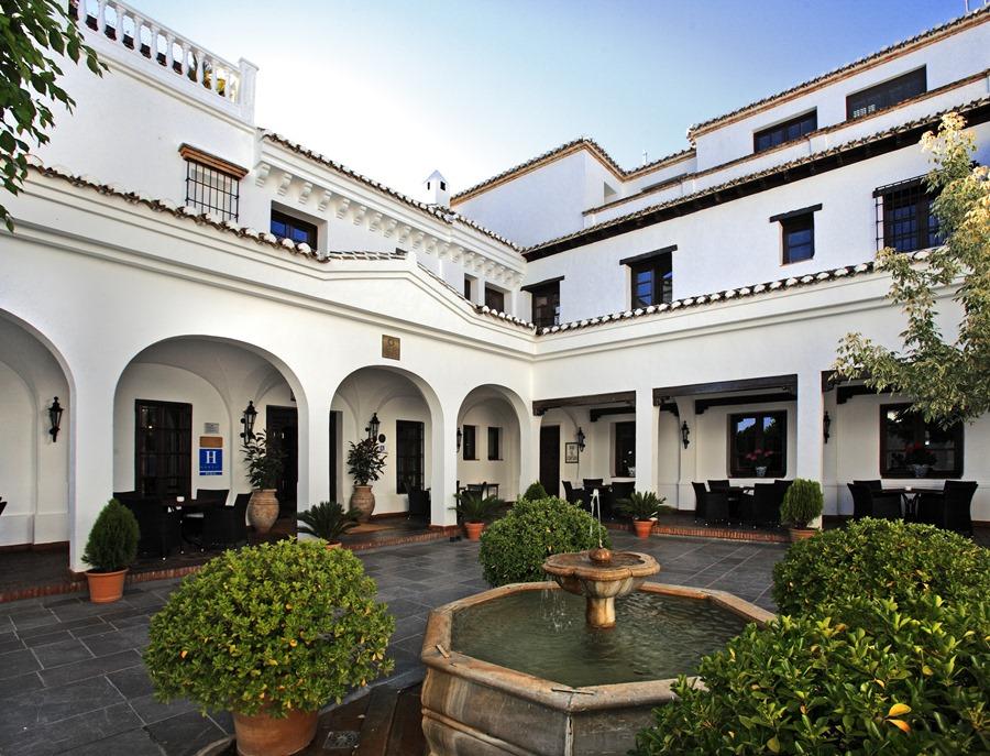 Turismo Hoteles Las bodas más originales tienen destino y estación propia: Granada en otoño