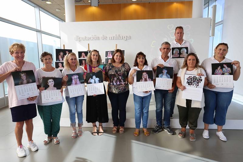 Malaga Malaga 'Un sí por la vida' venderá 1.500 calendarios benéficos para ayudar a los enfermos de cáncer