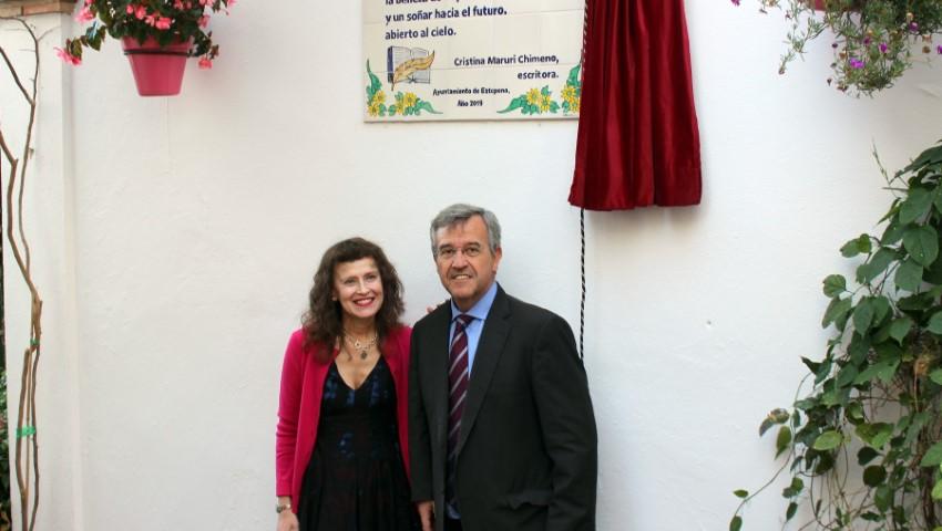 Estepona Estepona El Ayuntamiento incorpora unos versos de Manuel Guerrero a la Ruta de la Poesía