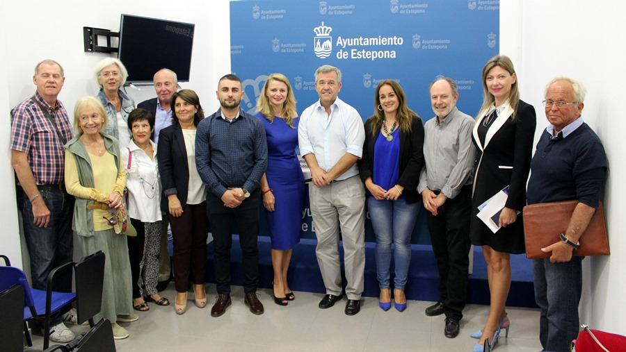Estepona Estepona El Ayuntamiento de Estepona amplía a los institutos el servicio de intérpretes para padres extranjeros