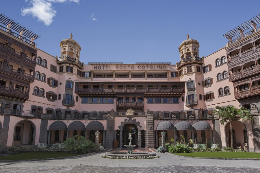 Turismo Hoteles La reapertura del histórico hotel Santa Catalina devuelve un emblema cultural a la sociedad canaria