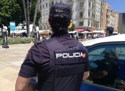 Malaga Malaga La Policía Nacional pone en marcha el Plan de Comercio Seguro en Navidad y da pautas para prevenir estafas