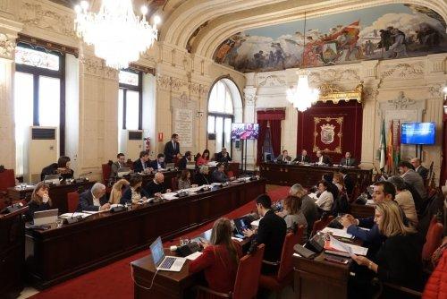 Malaga Malaga El Pleno de Málaga condena los hechos probados desvelados por la sentencia de los ERE con el único rechazo del PSOE