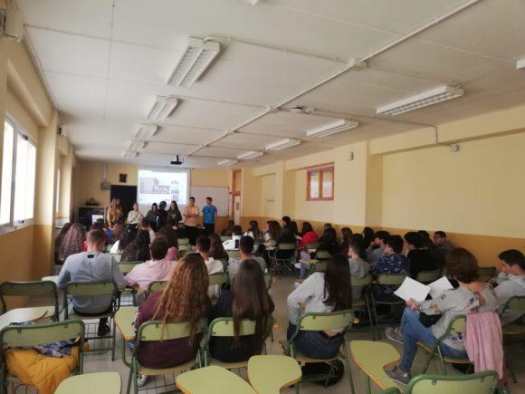Torremolinos Torremolinos Más 600 escolares participan en los talleres de género e inteligencia emocional del programa 'Jóvenes en Acción'