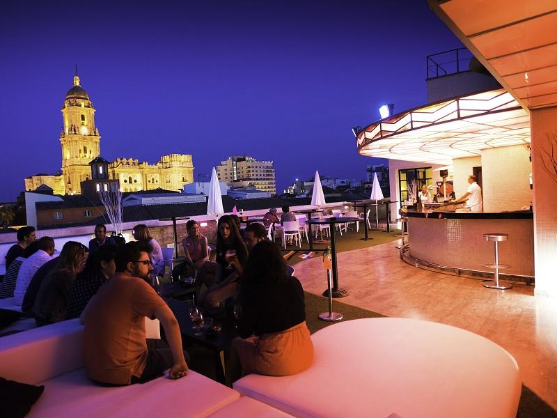 Turismo Hoteles El incremento del 6,7% de viajeros hoteleros registrados en 2019 en la provincia de Málaga respalda al mejor año turístico de la historia de la Costa del Sol