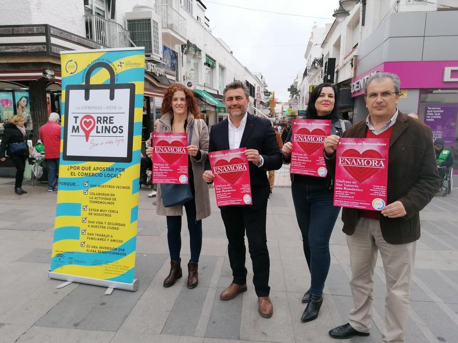 """Torremolinos Torremolinos El CET lanza una campaña para """"enamorar"""" con el comercio local torremolinense por San Valentín"""