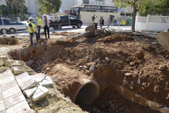 Torremolinos Torremolinos En marcha las obras de reparación de la calle Decano José Gómez Rando de Torremolinos