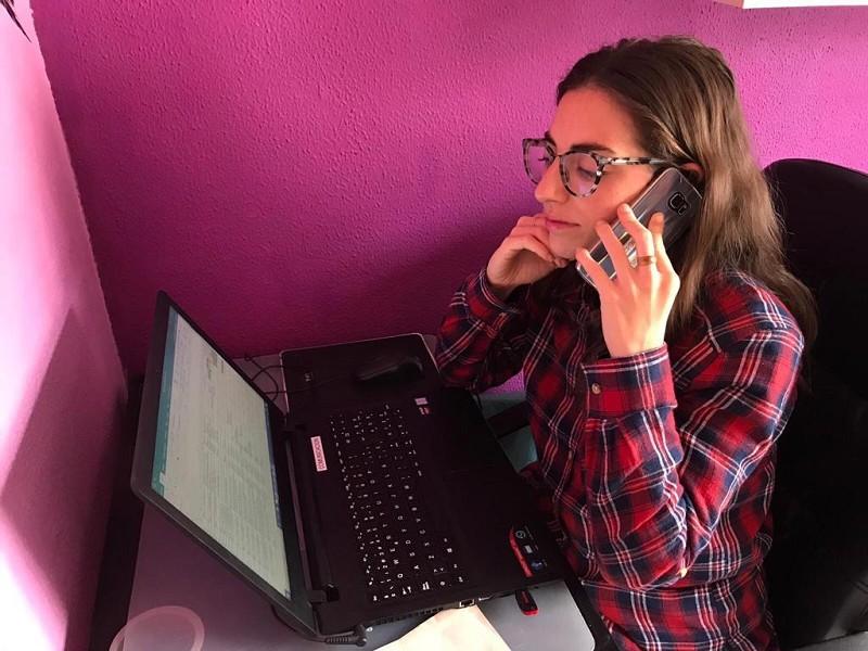 Actualidad Actualidad El teléfono de atención al mayor de la Diputación de Málaga atiende a 1.600 personas en sus primeros tres días de funcionamiento y se amplía con más voluntarios y líneas