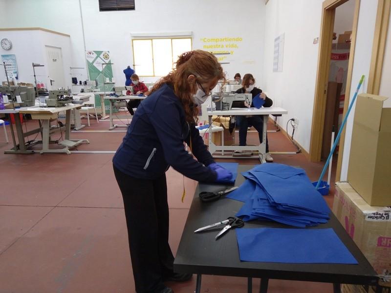 Malaga Malaga La Diputación y ´la Caixa' ponen en marcha una iniciativa para fabricar 200.0000 mascarillas frente al coronavirus
