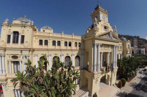 Malaga Malaga El Ayuntamiento de Málaga moviliza 19 millones de sus recursos para pagos a proveedores y transferencias