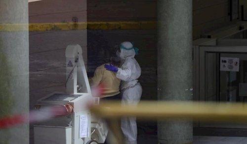 Actualidad Actualidad Andalucía ralentiza la subida de casos positivos hasta los 5.818 y suma 12 fallecidos hasta los 248