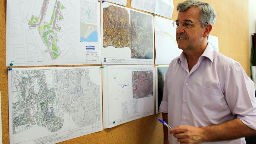 Estepona Estepona La obra del segundo aparcamiento público en el centro de Estepona al precio de un euro al día creará más de 500 plazas en rotación y para residentes