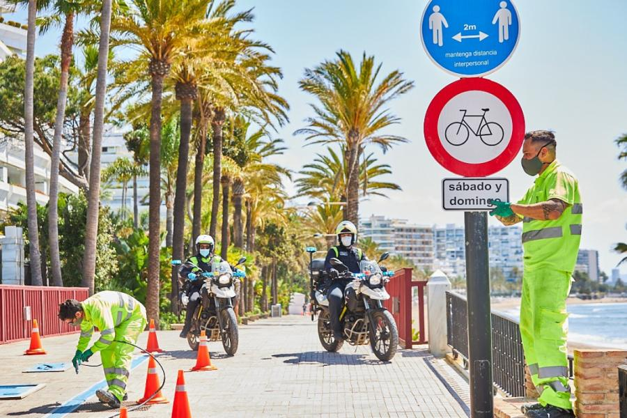 Marbella Marbella El Ayuntamiento de Marbella habilita este fin de semana una ruta alternativa para ciclistas de casi 3 kilómetros y restringirá su circulación en varios tramos del Paseo Marítimo para evitar aglomeraciones