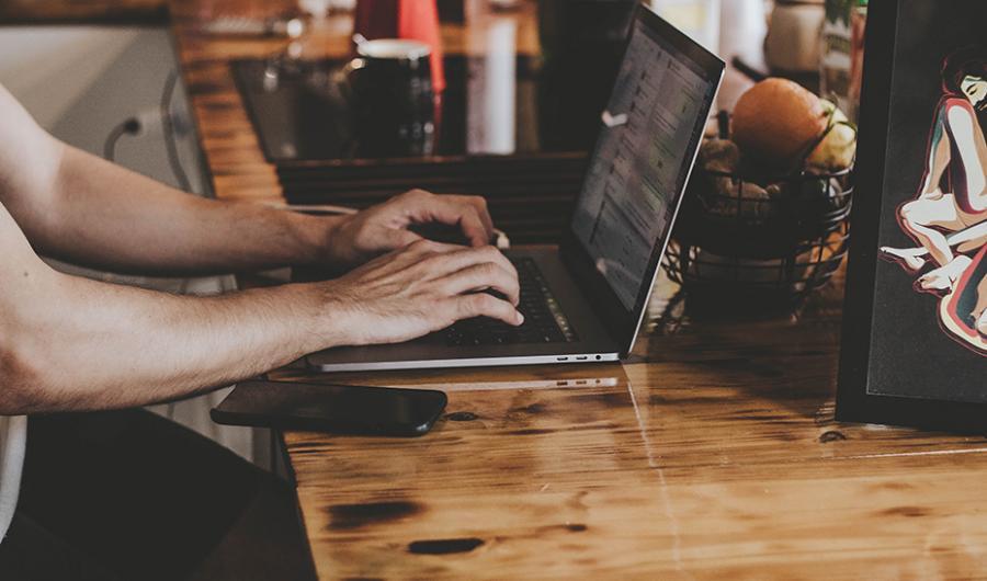 Actualidad Actualidad Empleo de la Junta acuerda con empresas tecnológicas el acceso gratuito a programas de formación digital