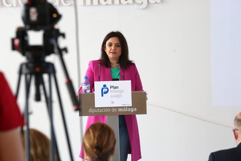 Malaga Malaga La Diputación lanzará un bono de cien euros dirigido a profesionales sanitarios para financiar 25.000 estancias hoteleras en Málaga