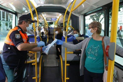 Malaga Malaga Sanidad mantuvo una semana más a Granada y Málaga en fase cero por la dificultad de controlar la movilidad