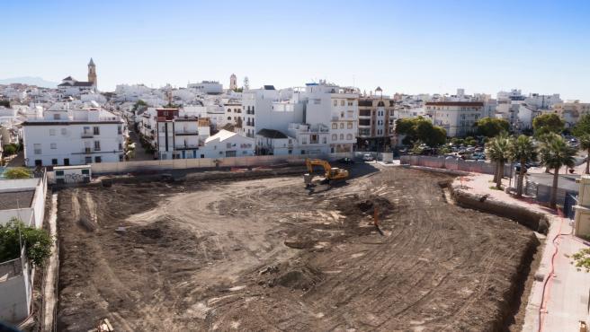 Estepona Estepona Las obras de construcción del nuevo edificio del Ayuntamiento de Estepona avanzan con los movimientos de tierra en la parcela