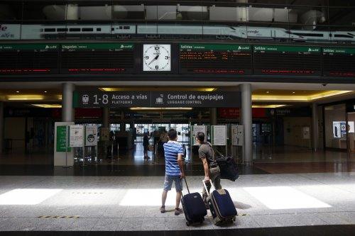 Malaga Malaga Adif AV licita la construcción y explotación de un hotel en la estación María Zambrano de Málaga