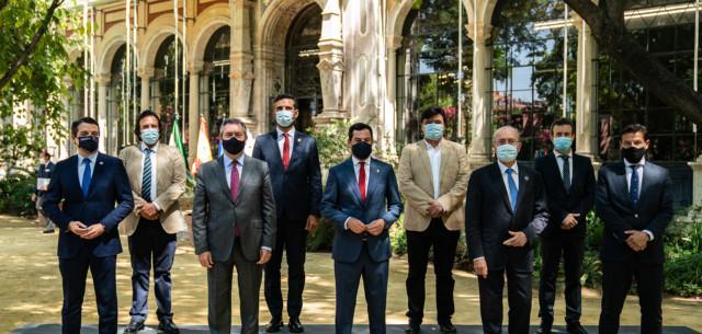 Actualidad Actualidad Andalucía declara el botellón como actividad insalubre, nociva y peligrosa y lo prohíbe en su totalidad para impedir nuevos brotes de Covid