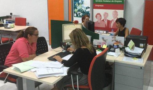 Actualidad Actualidad Andalucía lidera la caída del paro en julio con 21.901 desempleados menos hasta 958.195