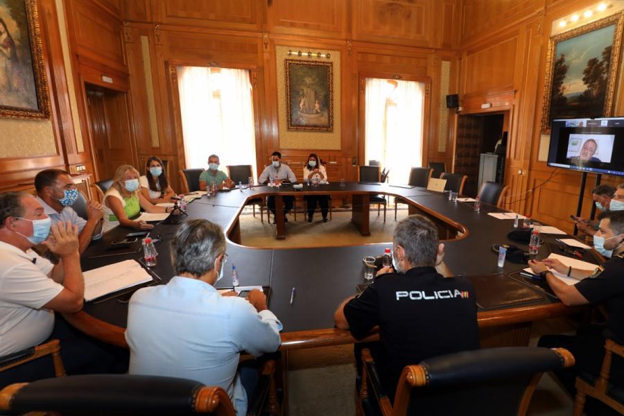 Marbella Marbella El Ayuntamiento de Marbella pone a disposición de la Junta personal municipal para agilizar el rastreo de casos asintomáticos que hayan tenido algún contacto