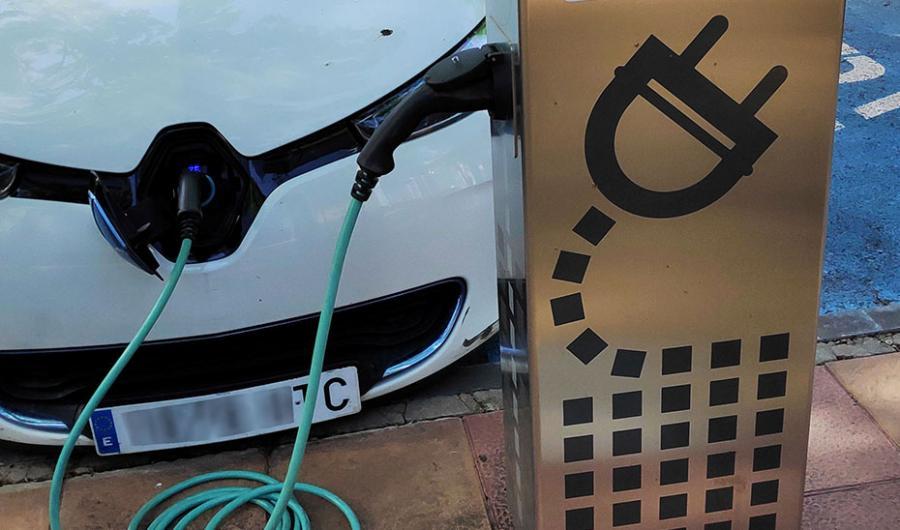 Actualidad Actualidad 17 millones en ayudas para adquirir vehículos eléctricos en Andalucía
