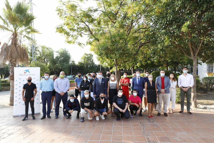 Marbella Marbella El Ayuntamiento de Marbella pone en marcha la segunda fase del programa 'Green Angel', que formará a una treintena de jóvenes como técnicos de zonas verdes
