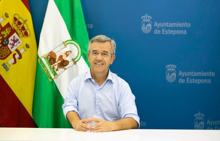 Estepona Estepona El Presupuesto para 2021 de Estepona supera los 101 millones de euros, aumenta inversiones, establece partidas ilimitadas para gasto social y sigue pagando la deuda heredada