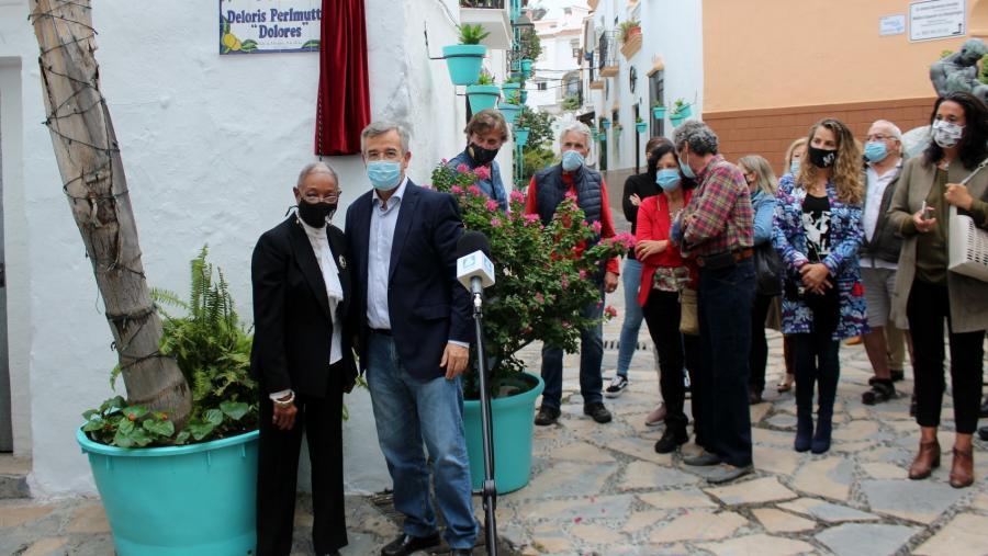 Estepona Estepona El Ayuntamiento dedica una plaza a la bailarina Deloris Perlmutter 'Dolores' por su contribución a la cultura en Estepona
