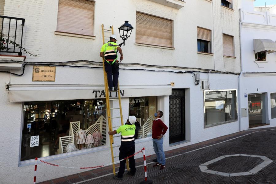 Marbella Marbella El Ayuntamiento de Marbella reducirá en más de 61.000 kilogramos al año las emisiones de CO2 con el Plan de Eficiencia Energética del Casco Antiguo