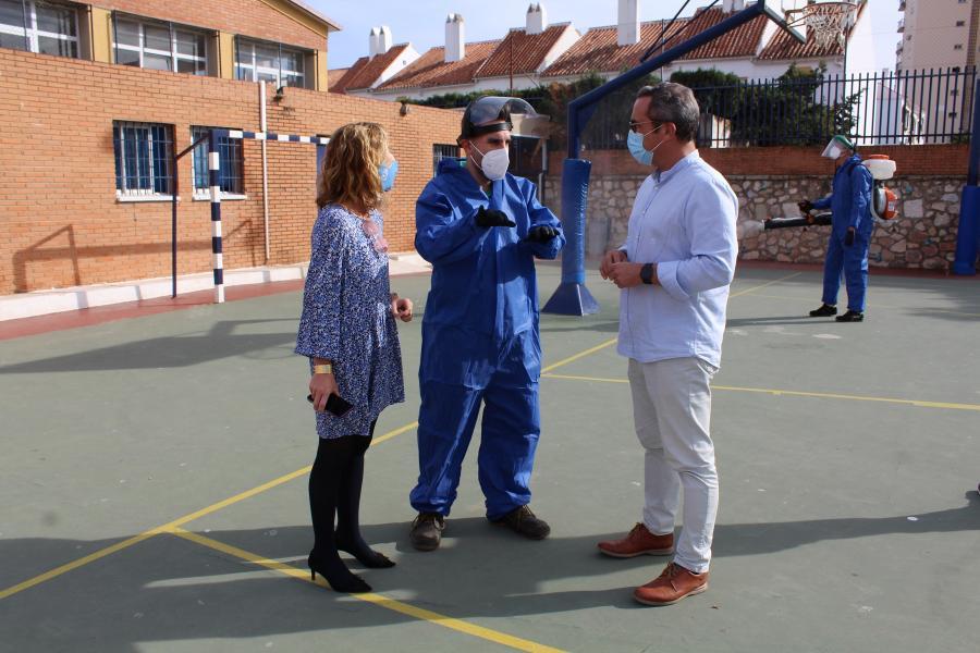 Fuengirola Fuengirola El Plan Municipal Extraordinario de limpieza y desinfección refuerza la seguridad en los centros escolares de Fuengirola