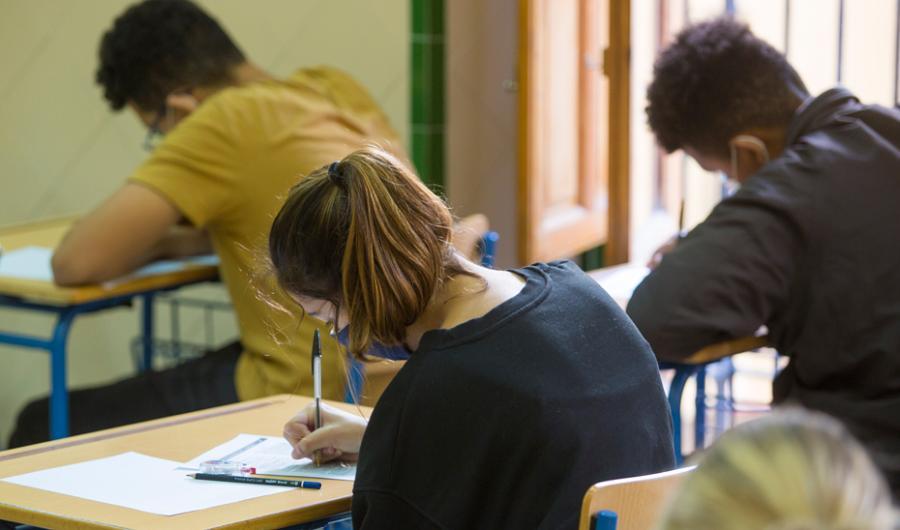 Actualidad Actualidad La Consejería de Educación y Deporte destina casi 41 millones al sistema de becas andaluz