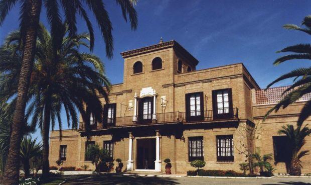 Malaga Malaga El Colegio de Médicos de Málaga considera necesario el endurecimiento de las medidas tras las vacaciones de Navidad