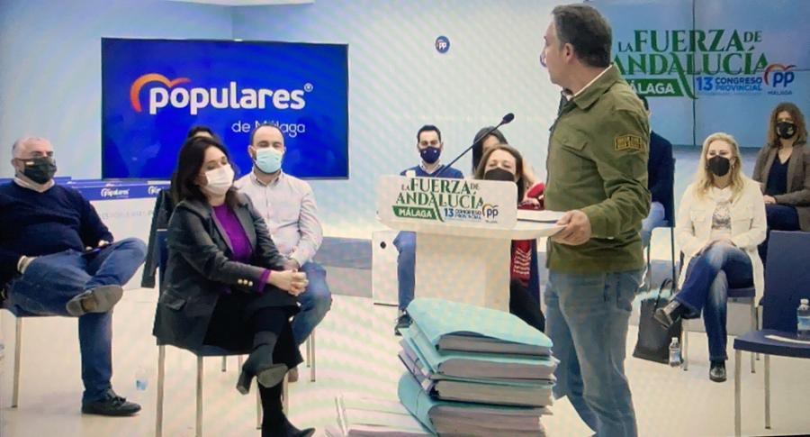 """Actualidad Actualidad Bendodo presenta su candidatura con 5.095 avales para revalidar la presidencia del PP de Málaga, entre ellos el de Juanma Moreno, y reivindica que su partido es """"la fuerza"""" de la provincia"""
