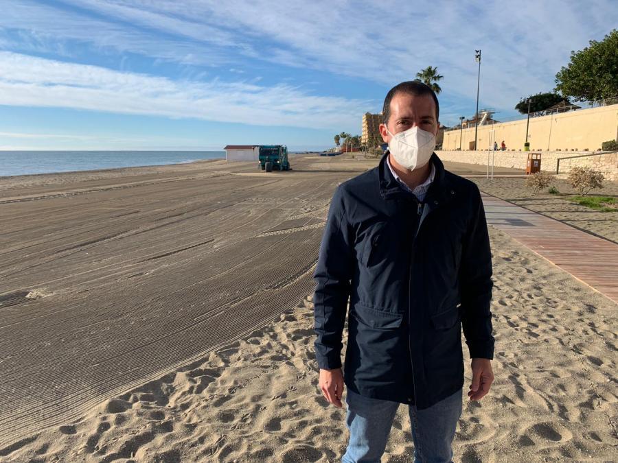 Fuengirola Fuengirola Fuengirola intensifica las labores de cribado en sus playas tras retirar todos los residuos generados por la borrasca Filomena
