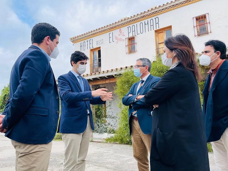 Turismo Hoteles La Diputación destina casi 193.000 euros para la rehabilitación del albergue municipal 'El Palomar' de Coín para alojar a usuarios de la Gran Senda